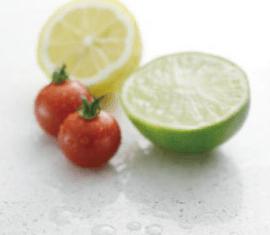フィオレストーン 低い吸水性と優れたメンテナンス性から、海外のキッチン天板や洗面カウンター・店舗什器などでは最も汎用的に使われている材料のひとつです。 清潔を保つ素材