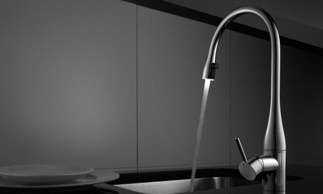 KWC eve キッチン水栓 10.121.103.000(LED照明付き)